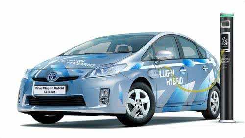 加快新能源汽车产业发展